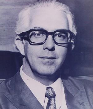 Prof. Theophilo de Azeredo Santos